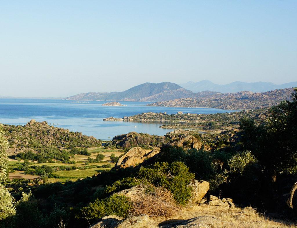 bafa-lake-view